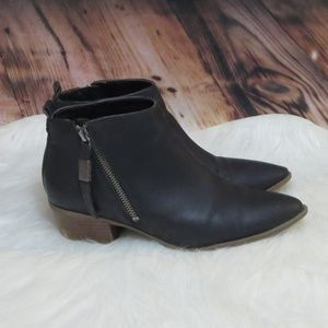 "Sam Edelman *8* ""Heidi"" Faux Leather Boots"
